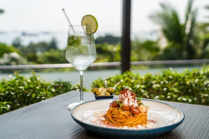 spaghetti-alla-chitarra-with-lobster-with-hugo-min-1