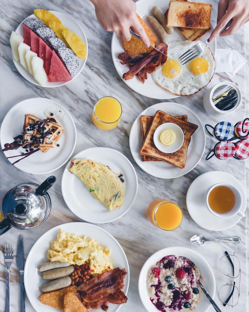 kwee-zeen_buffet-breakfast