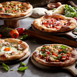 La Pizza Rossa Bianca x x png