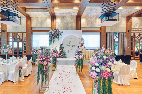 saffron-ballroom