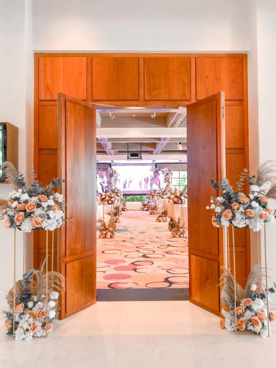 Straits-Ballroom-Entrance.jpg